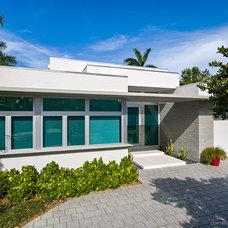 Contemporary Exterior by Zahn Development, Inc.
