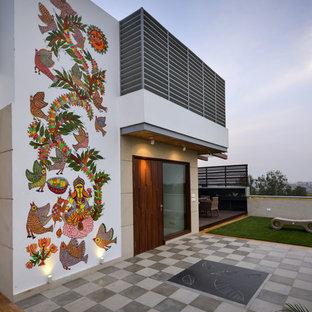 Modelo de fachada asiática, de tamaño medio, de dos plantas