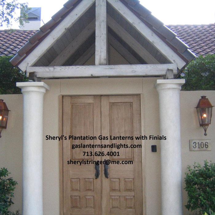 Sheryl's Plantation Lantern with Bottom Finials