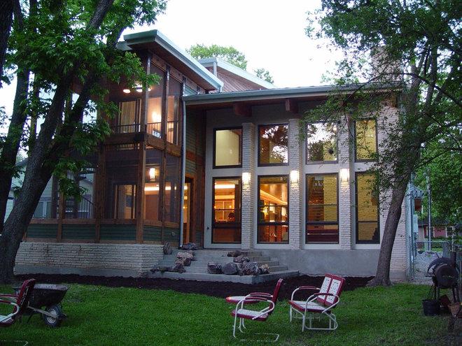 Modern Exterior by Katz Builders, Inc.