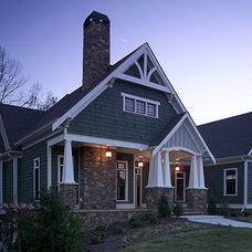 Craftsman Exterior by Peek Design Group