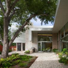 Modern Exterior by Webber + Studio, Architects