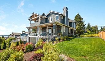 Shoreline view home