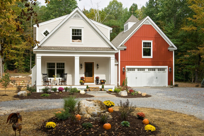 farmhouse exterior by Witt Construction