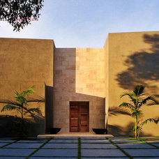 Contemporary Exterior by Shubin + Donaldson Architects, Inc.