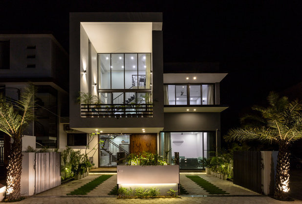 Contemporary Exterior by Garg Architects
