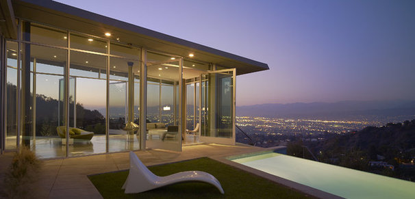 Modern Exterior by Belzberg Architects