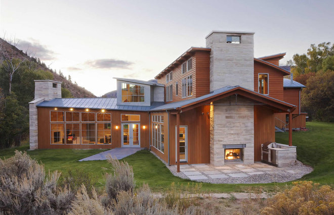 Rustic Exterior by KGO STONE, The Natural Stone Company