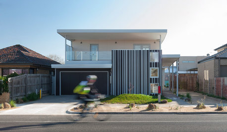 Houzz Tour: A Super-Sustainable Home Houses Three Generations