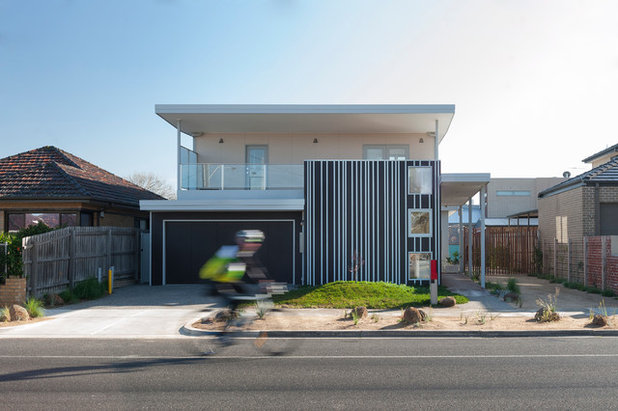 Contemporary Exterior by Positive Footprints Pty Ltd