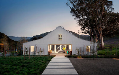 Houzz Tour: A Farmhouse in the Dell