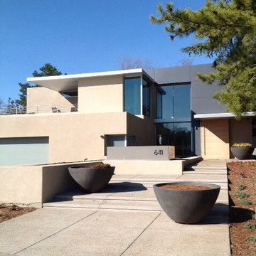 SOPHISTICATED RESTRAINT- Modern House and Landscape Design converge.