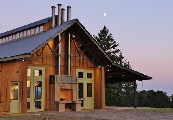Rustic Exterior by Solid Form Fabrication