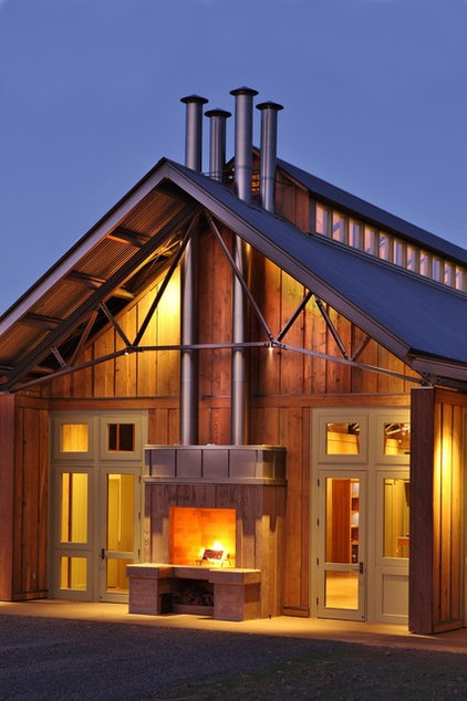 Farmhouse Exterior by Solid Form Fabrication