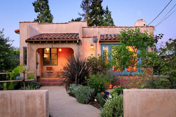 Southwestern Exterior by David Easton Architect