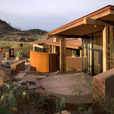 Contemporary Exterior by Seaver Franks Architects Inc., AIA