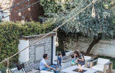 Backyard Fun With a Fire Pit and a Pizza Oven