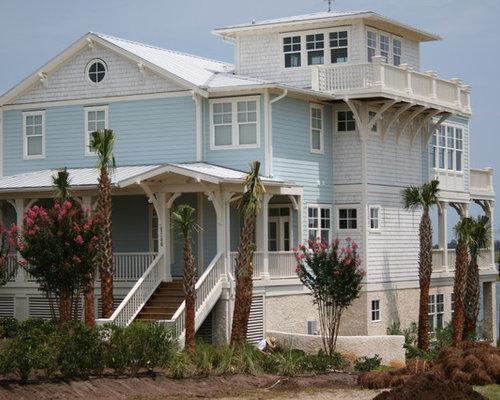 Best widows peak design ideas remodel pictures houzz for Exterior house peak decorations