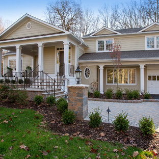 75 Most Popular Traditional Split Level Exterior Home Design Ideas