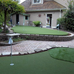 Sport Court Putting Greens & Artificial Turf Lawns -