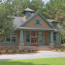 Traditional Exterior by John Pittman III, Architect/Builder