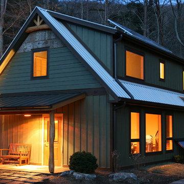 Springtime Cottage at Haw Creek