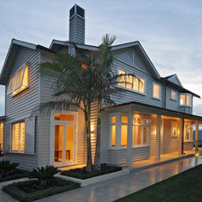Traditional Exterior by jessop  architects