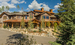 Steamboat Storm Meadow Drive Mountain/Asian Fusion
