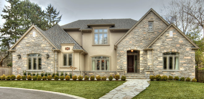 Traditional Exterior by Harvis Barklay Inv. Inc.