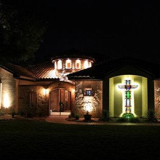 Southwest exterior home photo in Austin
