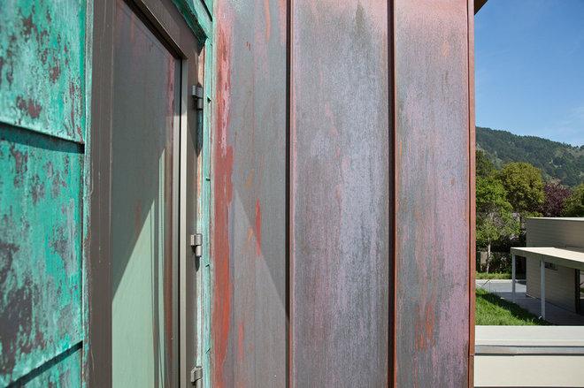 Modern Exterior by WNUK SPURLOCK Architecture
