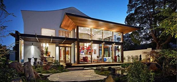 Modern Exterior by Binq Doors & Windows