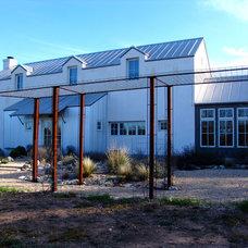 Farmhouse Exterior by Steve Zagorski, Architect