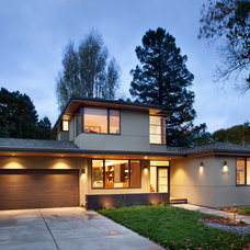 Contemporary Exterior by Ohashi Design Studio