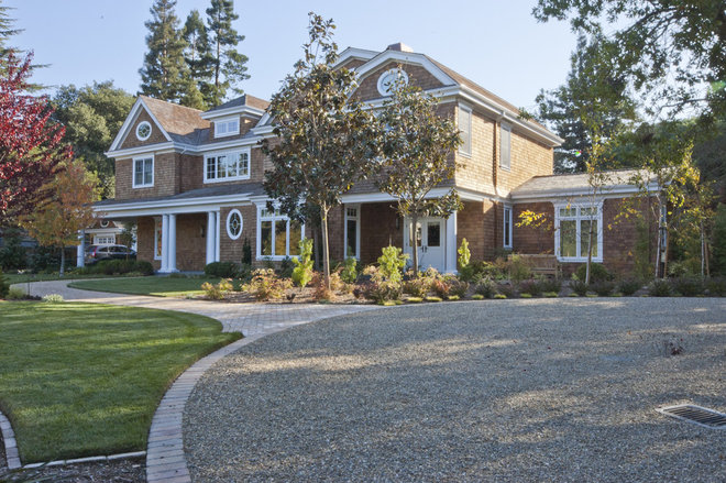 Traditional Exterior by Stewart Associates Architecture & Interiors