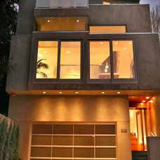 Modern Exterior by DNM Architect