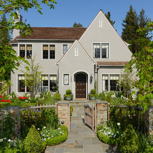 Example of a classic gray exterior home design in San Francisco