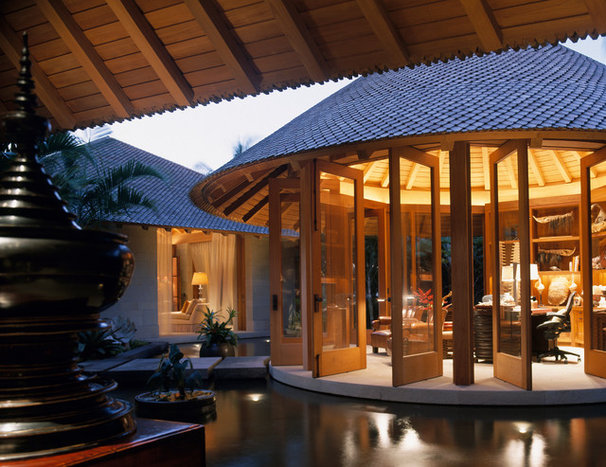 Tropical Exterior by ZAK Architecture