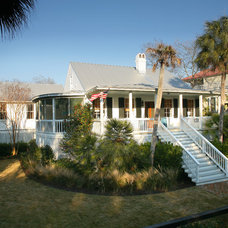 Tropical Exterior by Sea Island Builders LLC
