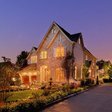 Traditional Exterior by Summit Signature Homes, Inc.