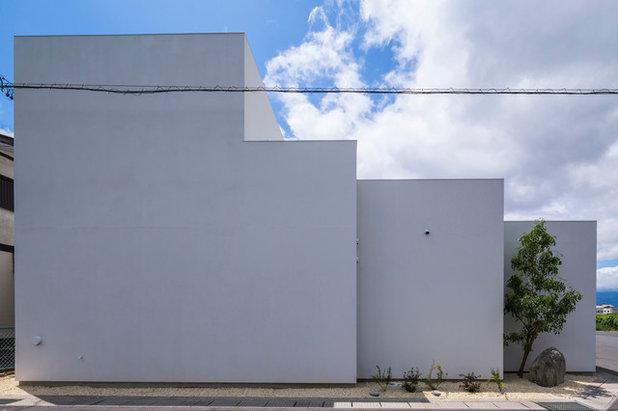 Minimalistisch Häuser by 武藤圭太郎建築設計事務所