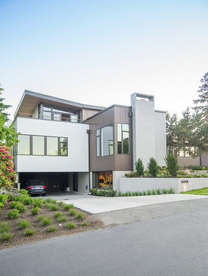 Contemporary Exterior by Coop 15 Architecture