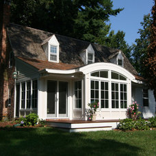 Traditional Exterior by place architecture:design