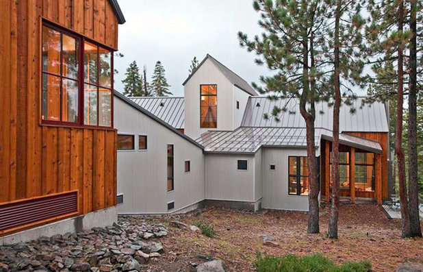 Rustic Exterior by WA Design Architects
