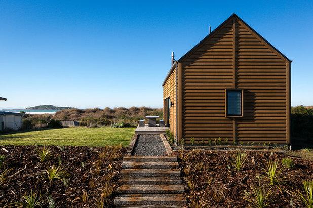 Coastal Exterior by Mason & Wales Architects