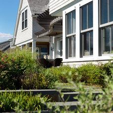 Modern Exterior by Hart Associates Architects, Inc.