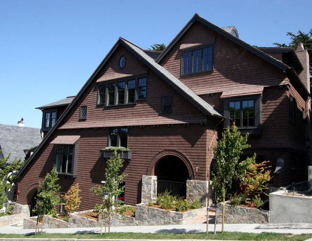 Traditional Exterior by Taylor Lombardo Architects