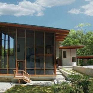 h user mit glasfassade in burlington ideen design bilder houzz. Black Bedroom Furniture Sets. Home Design Ideas