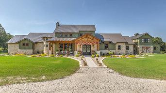 Texas Farmhouse - Front Exterior