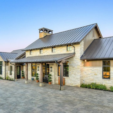 Texas Ranch House in the Hill Country